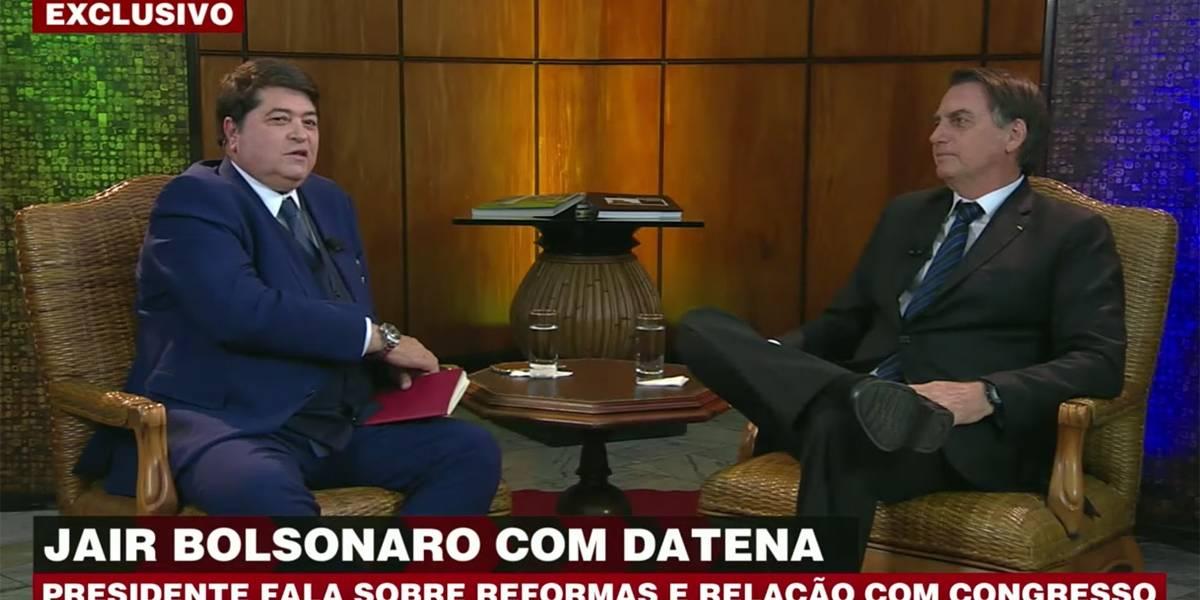 Bolsonaro reafirma postura e diz que Maia está abalado com questões pessoais