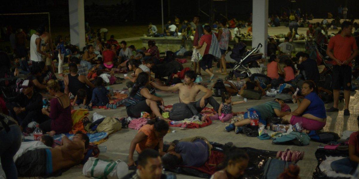 """México se prepara para """"caravana madre"""" de hasta 20 mil migrantes"""