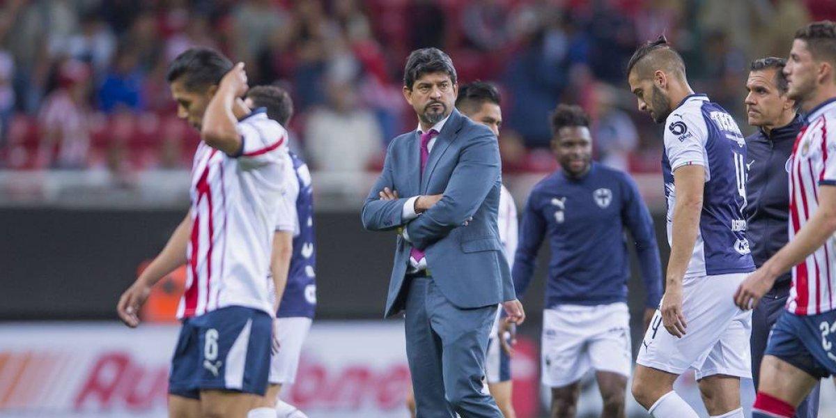 Cardozo no ve seguro su permanencia en Chivas