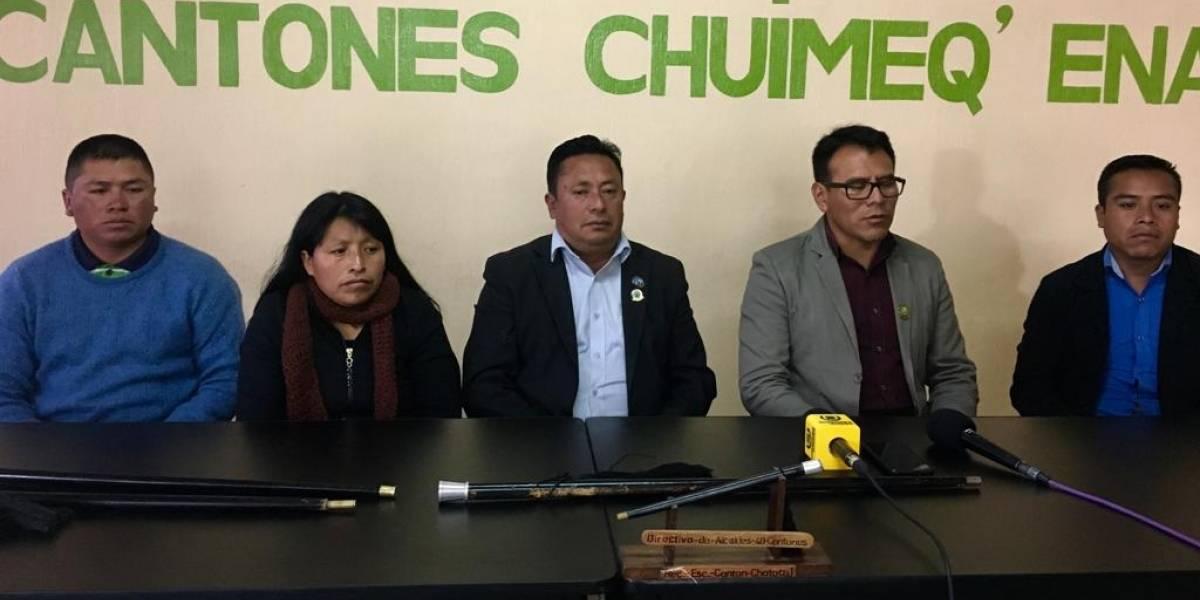 """48 cantones de Totonicapán dicen """"no"""" a las pintas políticas"""