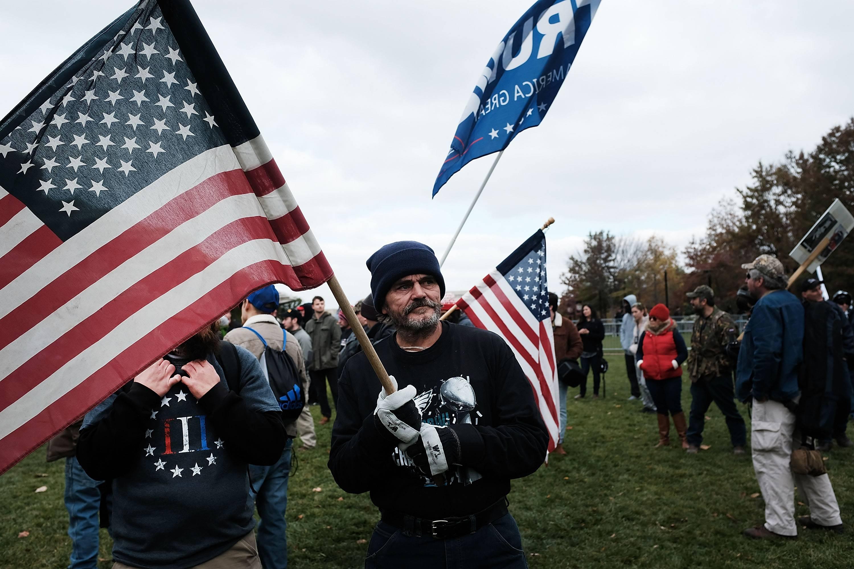 Facebook prohibe el nacionalismo y separatismo blanco en sus plataformas