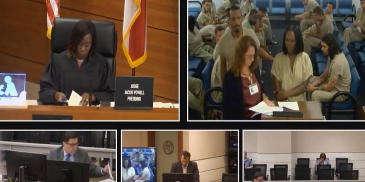 Video: Preso golpea a abogada de manera brutal en tribunal en La Florida