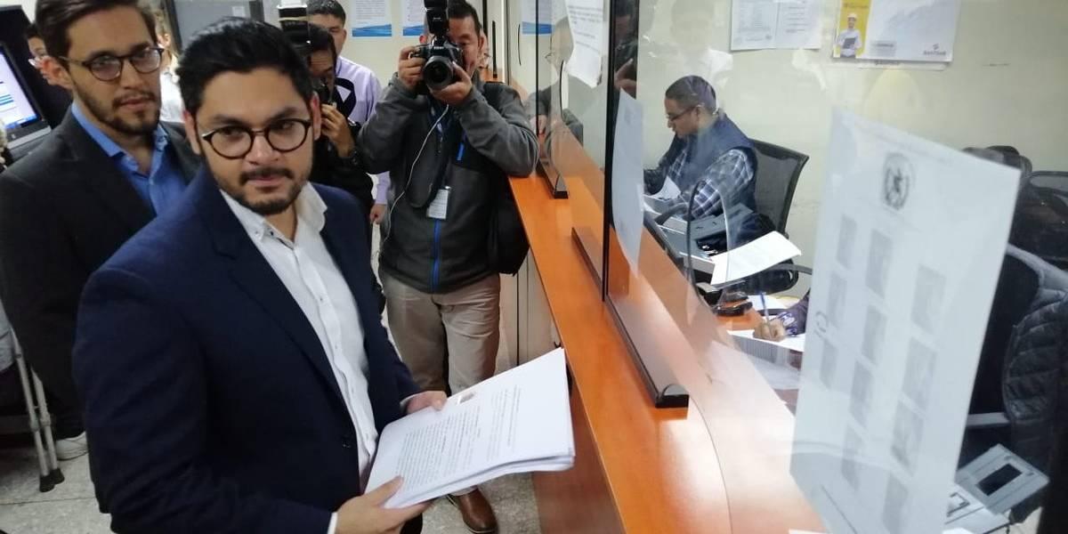 """Accionan contra inscripción de diputados """"tránsfugas"""" que buscan reelección"""