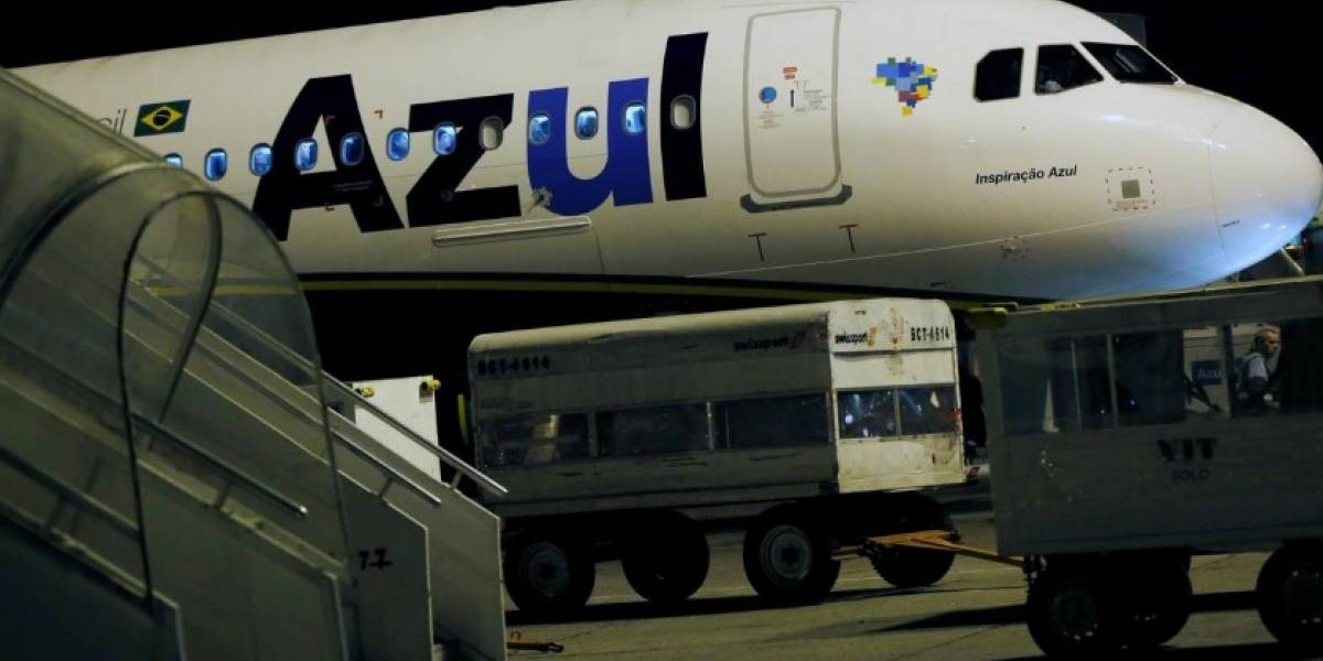 Homem agride comissários e assusta passageiros durante voo de Lisboa para Campinas