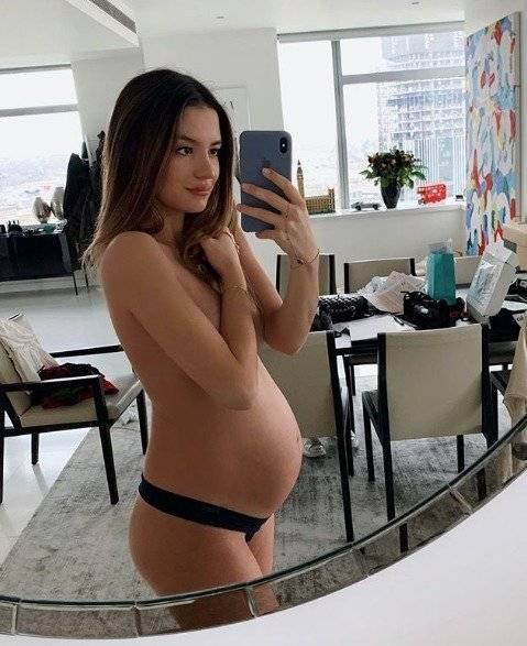 En Instagram presume la evolución de su embarazo Instagram: sarahkohan