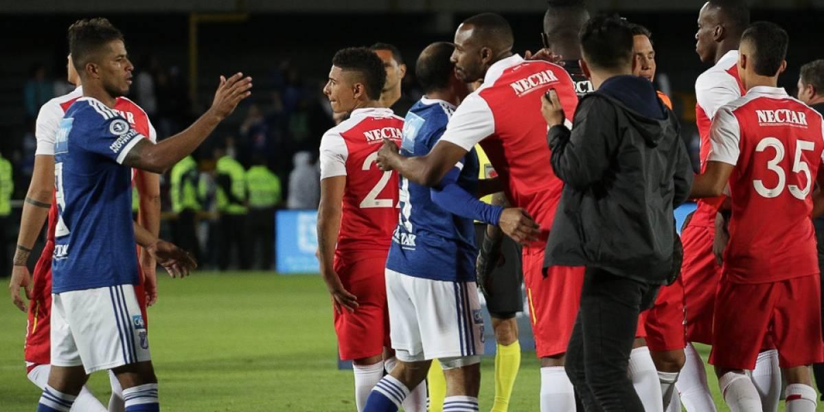 El conmovedor gesto de los jugadores de Millonarios y Santa Fe con los venezolanos
