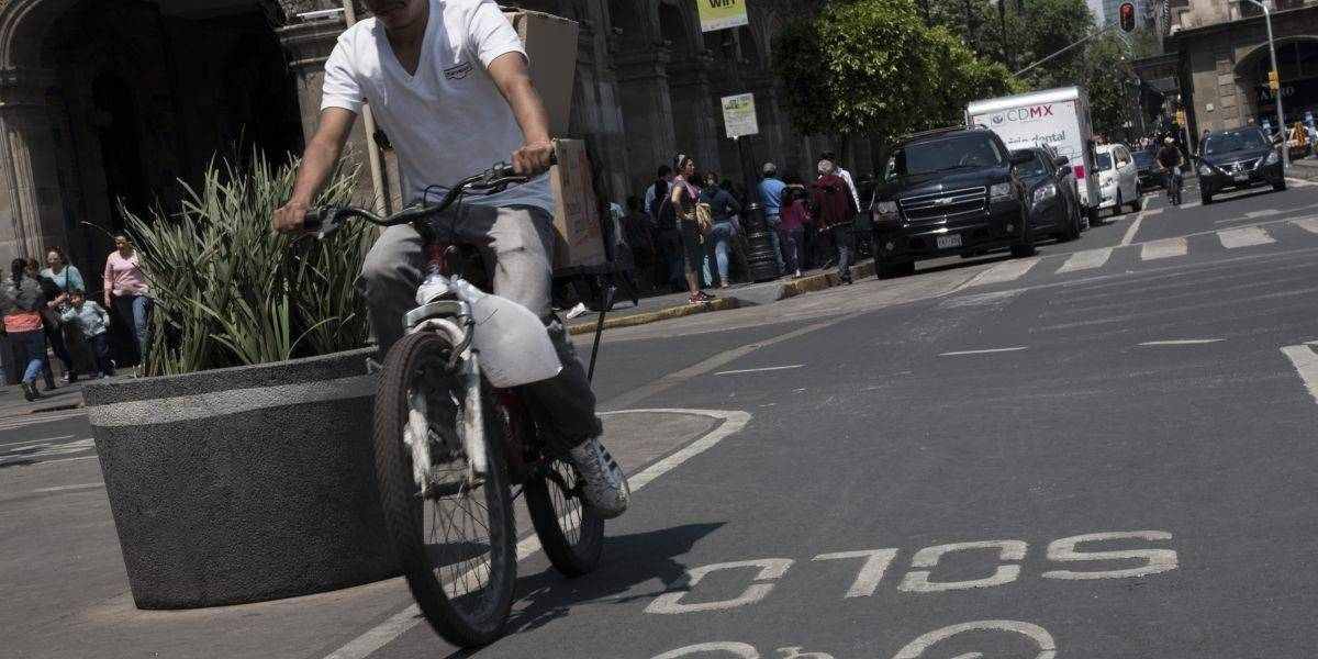 Se crea reglamento de transito para bicicletas y patines eléctricos en la CDMX