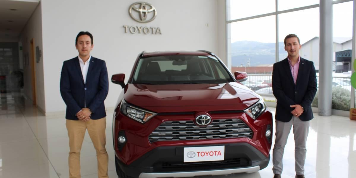 Toyota del Ecuador presenta su renovado y audaz RAV4