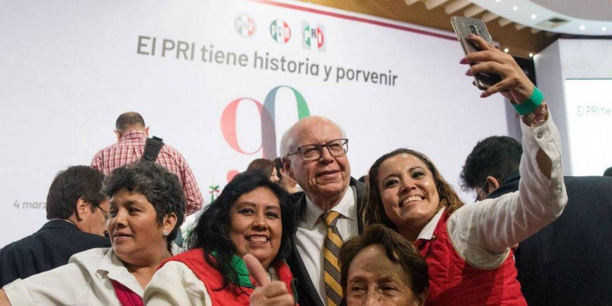 #Política Confidencial José Narro Robles se pierde en sede del PRI
