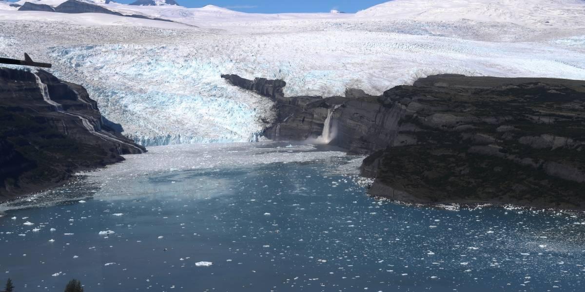 Equipe de exploradores da NASA filma incrível sobrevoo por geleiras do Alasca