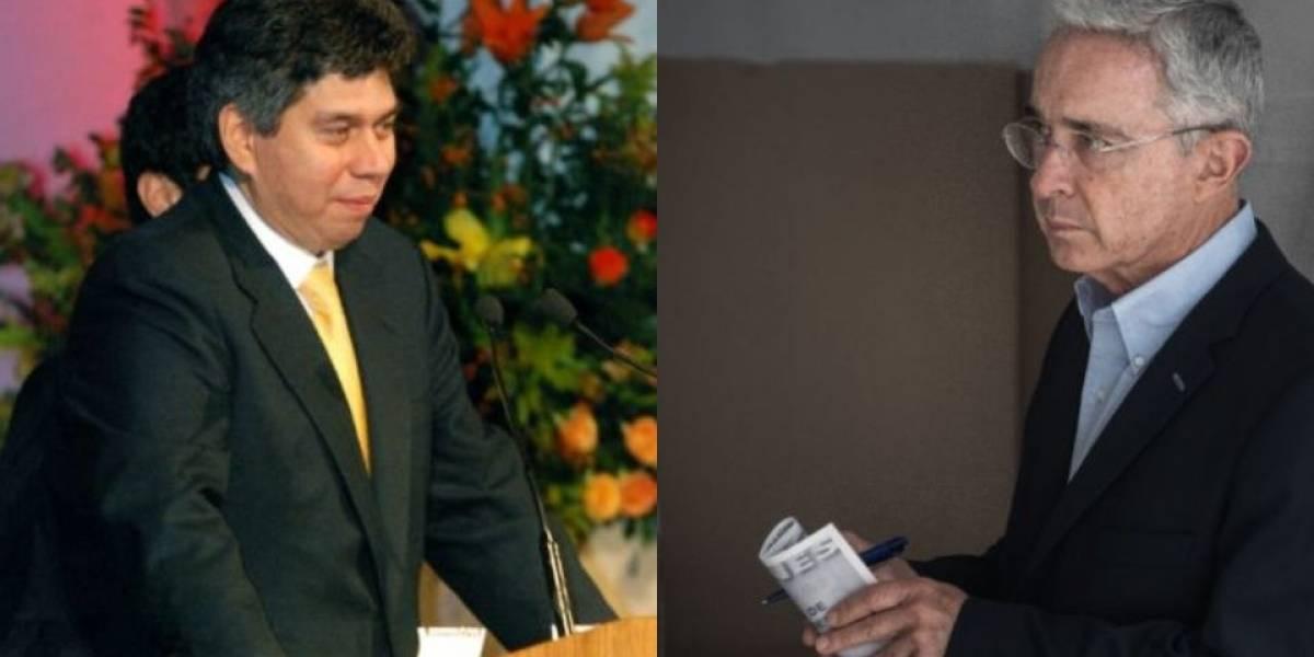 Abogado de Álvaro Uribe buscará demandar a Daniel Coronell en EE.UU.