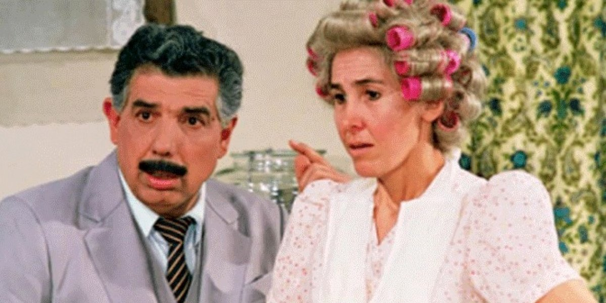 """Aparece video del """"Chavo del 8"""" donde Doña Florinda es """"infiel"""" al Profesor Jirafales"""