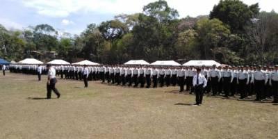 graduación de agentes de PNC en Santa Rosa