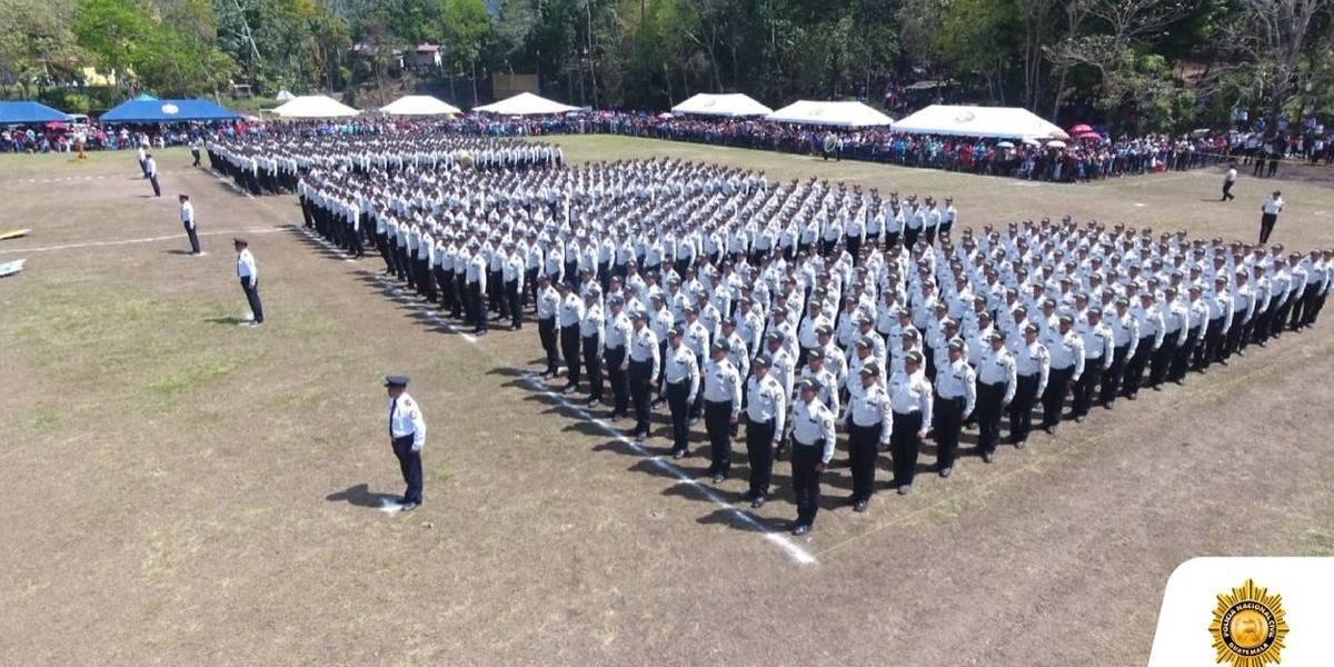 Casi 900 nuevos agentes se suman a las filas de la PNC