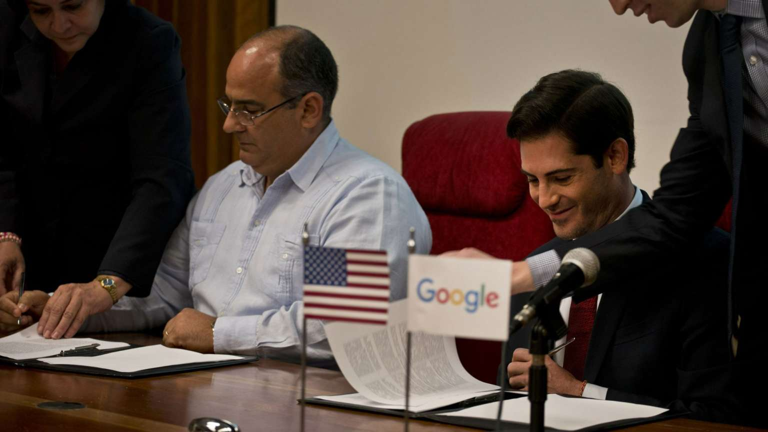 Google y Cuba firmaron acuerdo para mejorar el tráfico de internet en la isla