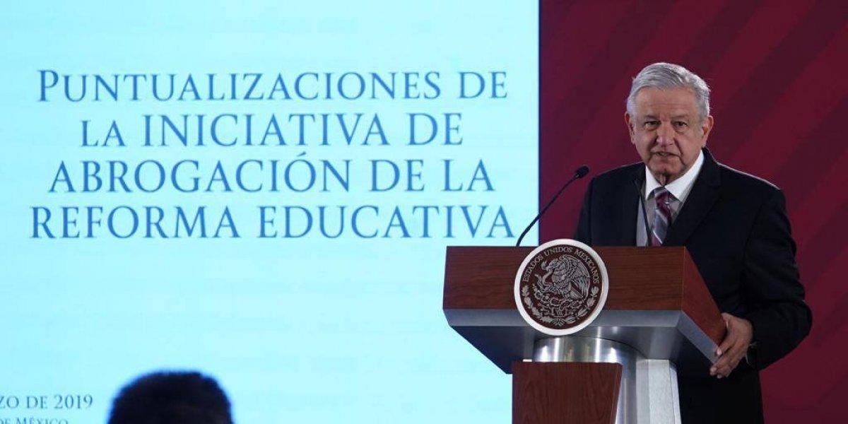 Gobierno repartirá a maestros volantes de la nueva reforma educativa