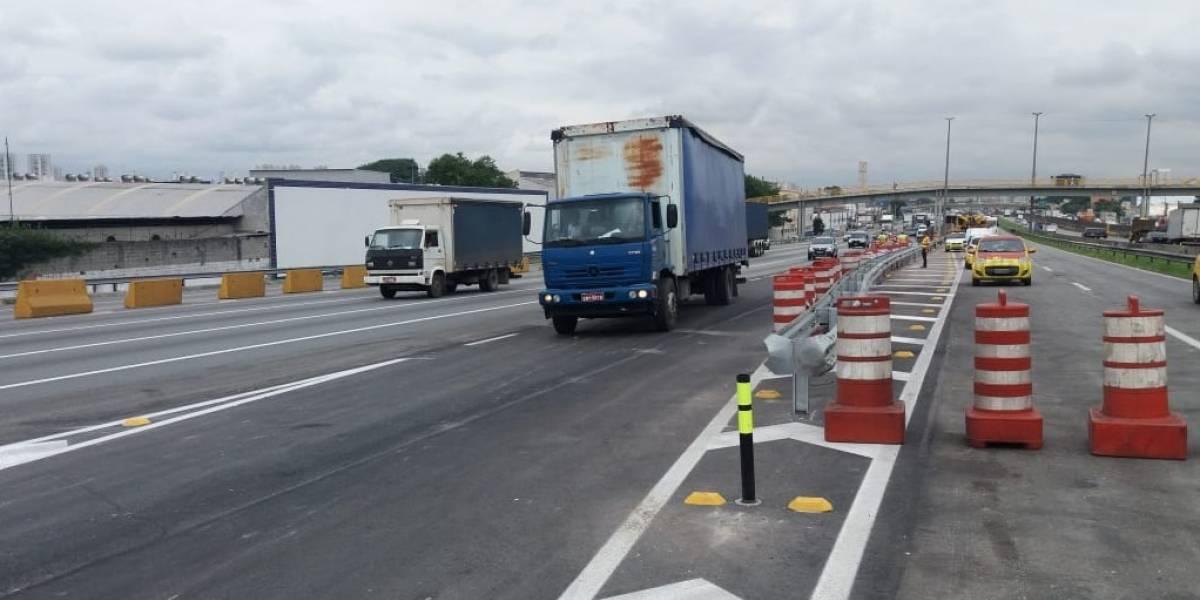 Rodovia Presidente Dutra tem operação para liberar novo acesso nesta sexta