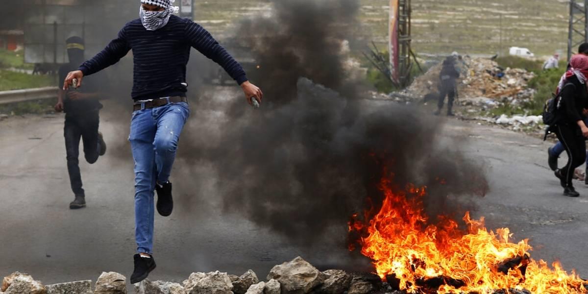 """Movilización palestina de alto riesgo: conmemoración del aniversario de """"la gran marcha del retorno"""" provoca escalada de violencia"""