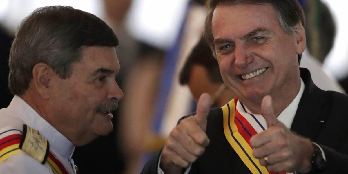 Nuevo fallo permite a Bolsonaro celebrar golpe militar en Brasil