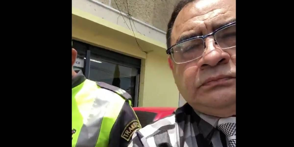 VIDEO. Abogado dice que no votará por el alcalde porque le pusieron una multa