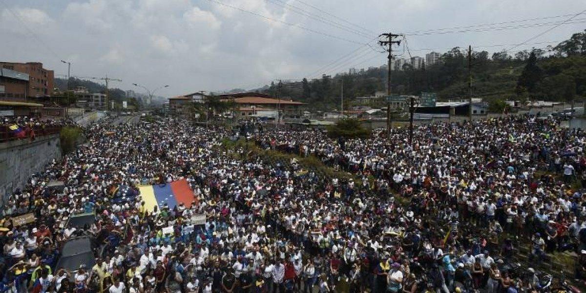 EN IMÁGENES. Gobierno y oposición nuevamente a las calles en Venezuela
