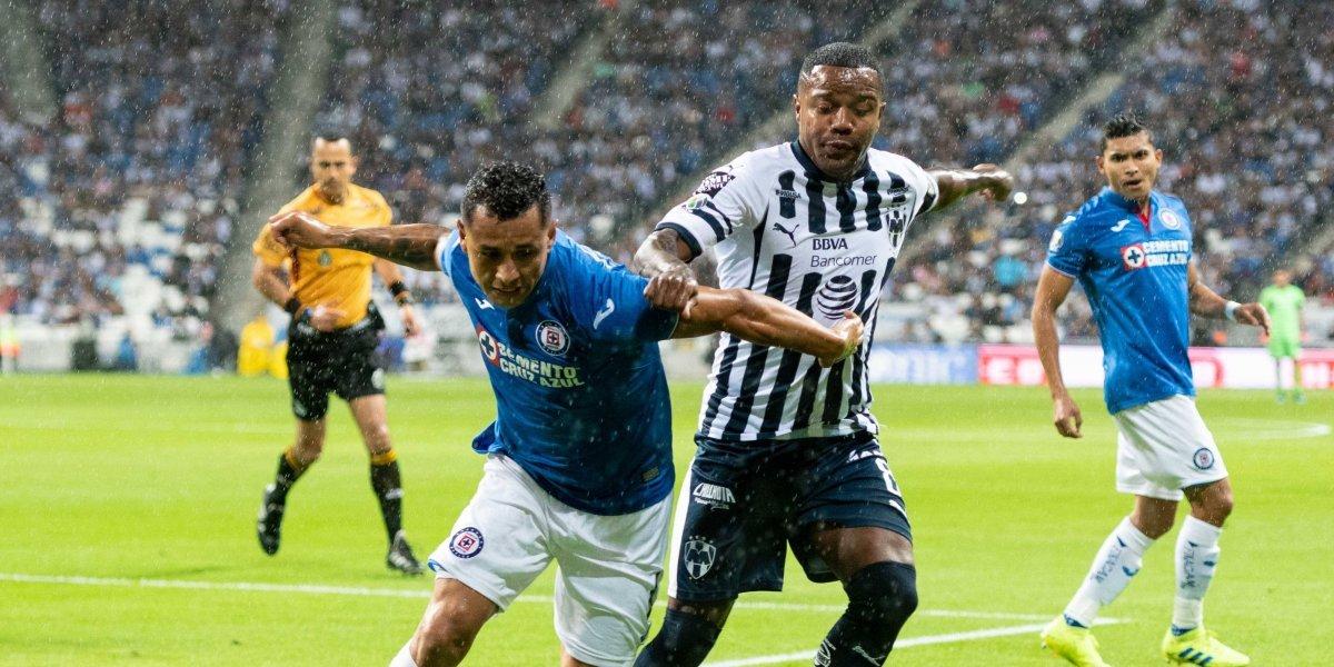 Cruz Azul rescata empate en su visita a Monterrey