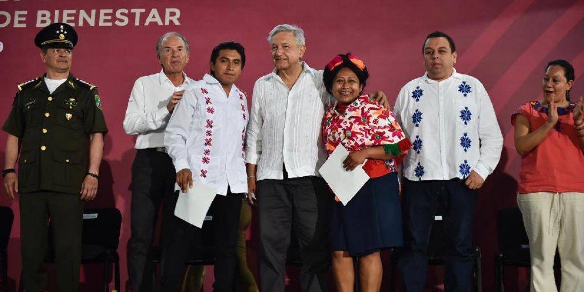Peleas sólo en elecciones, ahora necesitamos unidad: AMLO