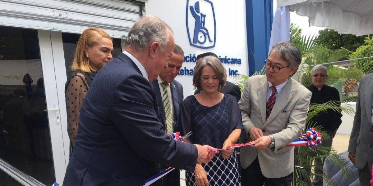 Embajada del Japón inaugura un Centro de Rehabilitación de la ADR en Dajabón