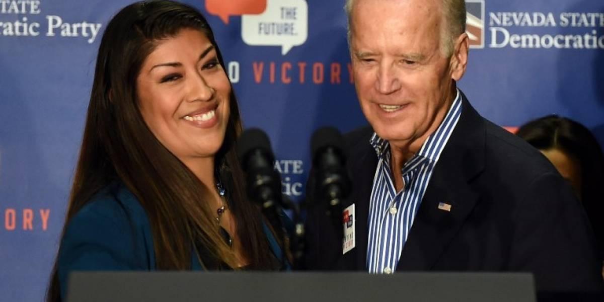 Biden se pronuncia por caso de activista que lo acusa de besarla inapropiadamente