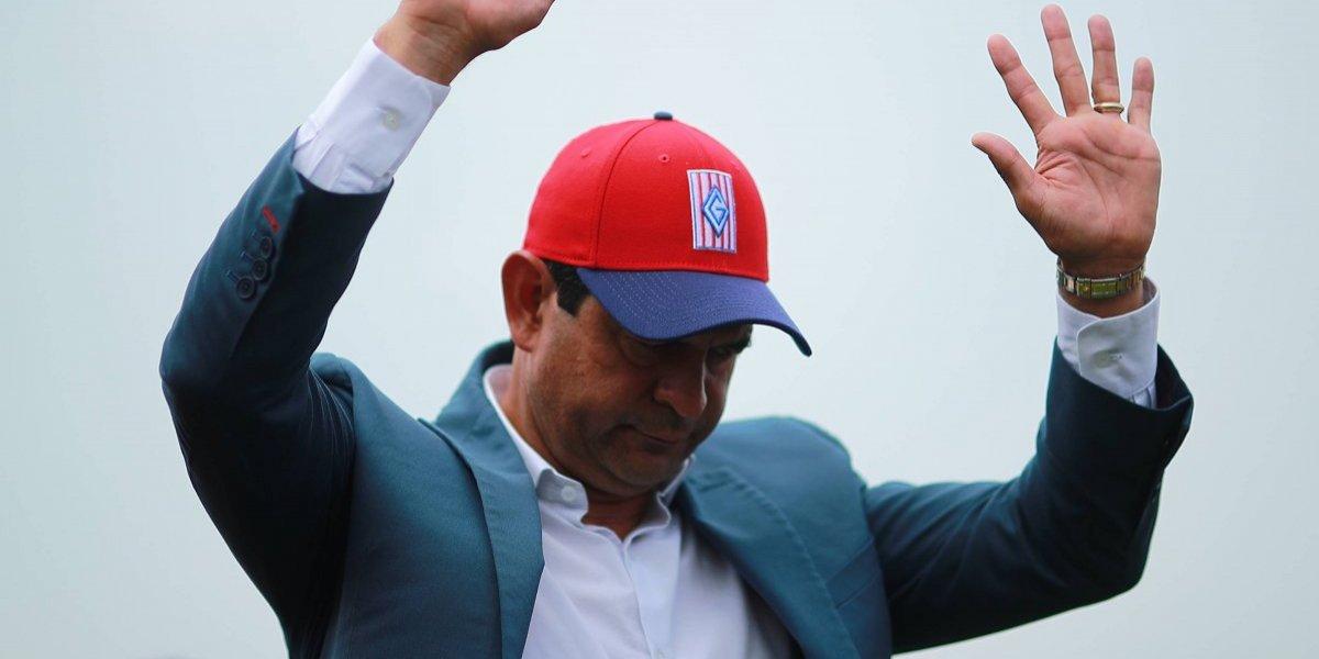 ¡OFICIAL! José Cardozo es destituido de Chivas