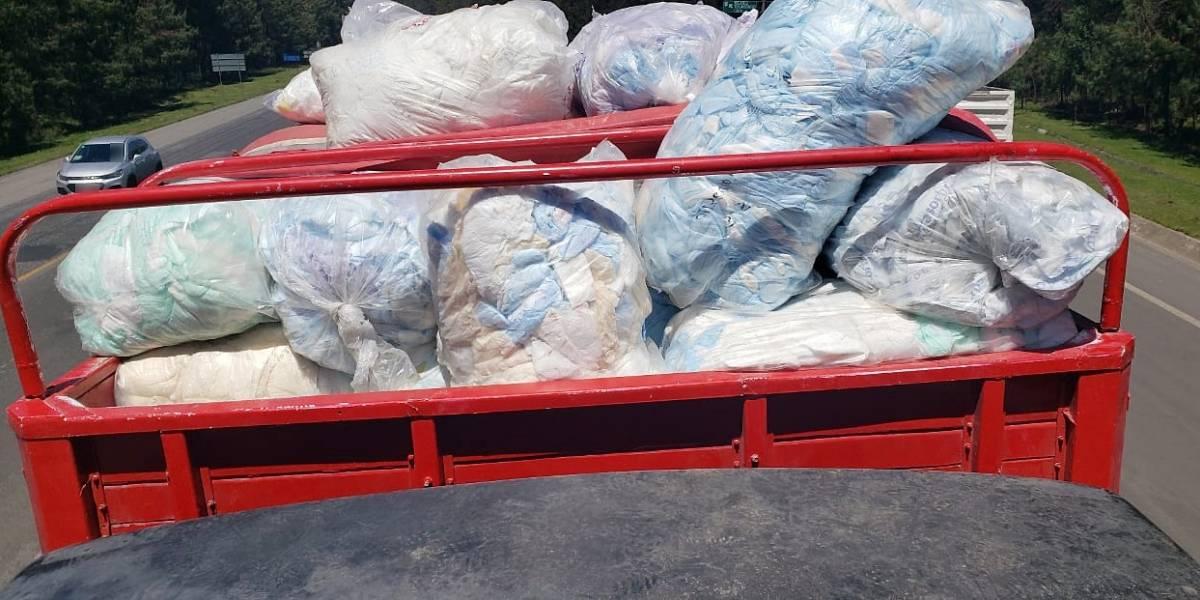 Policía halla 20 mil litros de 'huachicol' escondido en pañales desechables