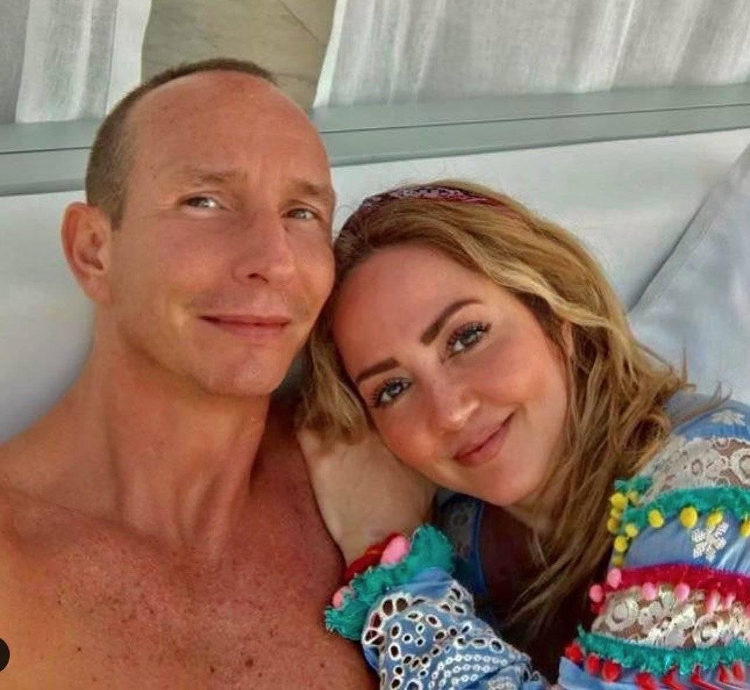 La pareja cumplió 19 años de matrimonio Instagram: @erikrubinoficial
