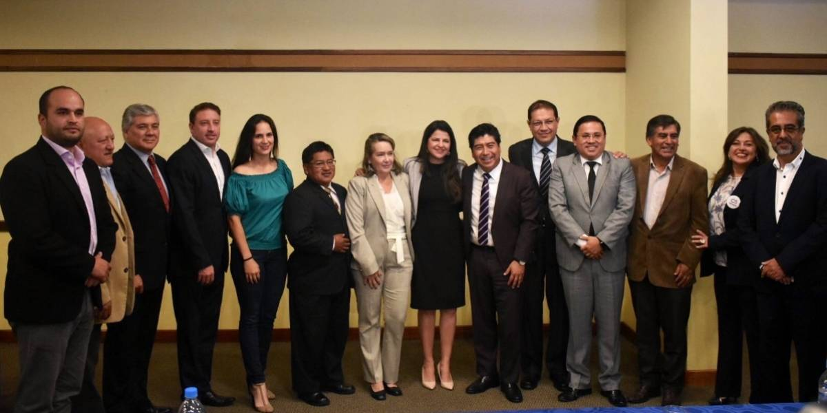 Jorge Yunda se reune con concejales electos para buscar consensos