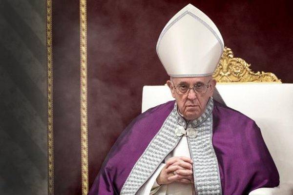 El Papa Francisco pide que los periodistas dejen el amor a la caca