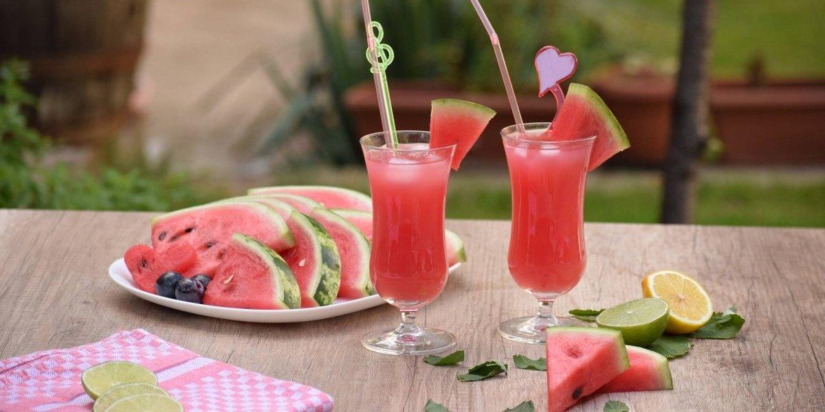 Detox de melancia e aipo: receita é ótima para desinflamar e hidratar depois de atividades físicas