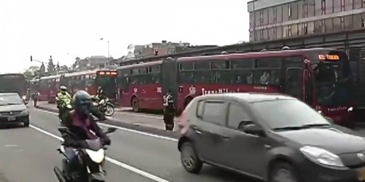 Articulado de TransMilenio arrolló a un peatón y causó cierre de la estación
