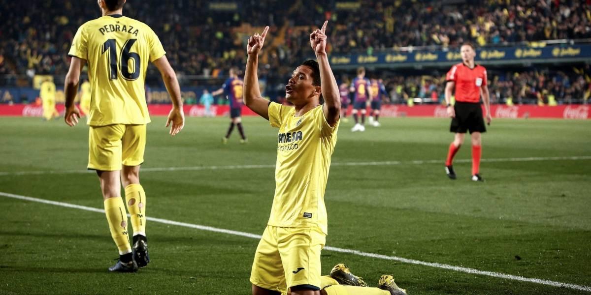 ¡Qué clase y gran definición! Carlos Bacca marcó un golazo frente al Barcelona