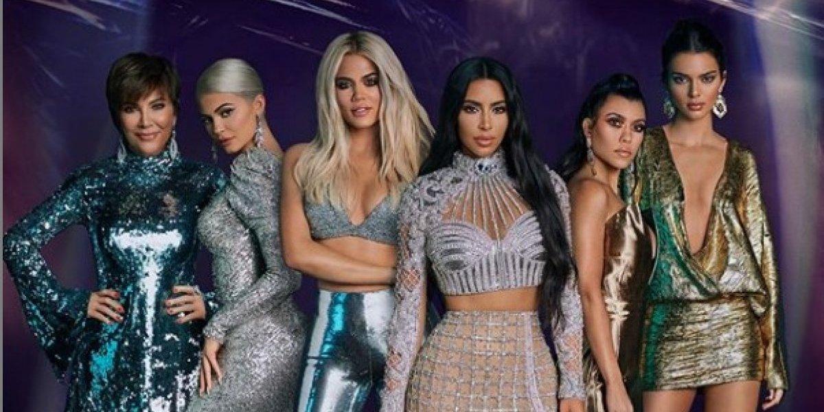 Hacen pedazos al clan Kardashian por el exceso de Photoshop en su foto juntas
