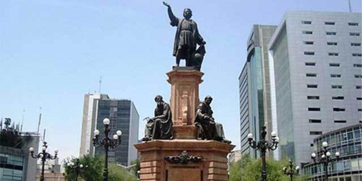 Proponen retirar de la CDMX estatuas de Cristóbal Colón y Hernán Cortés