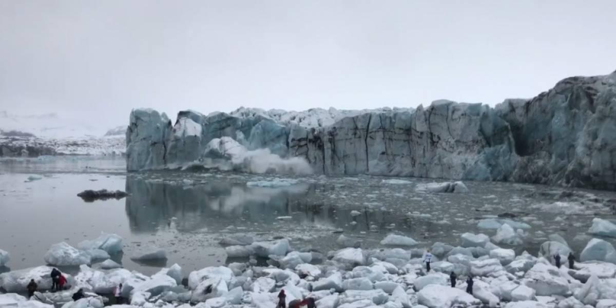 Rompimento de geleira põe turistas para correr na Islândia