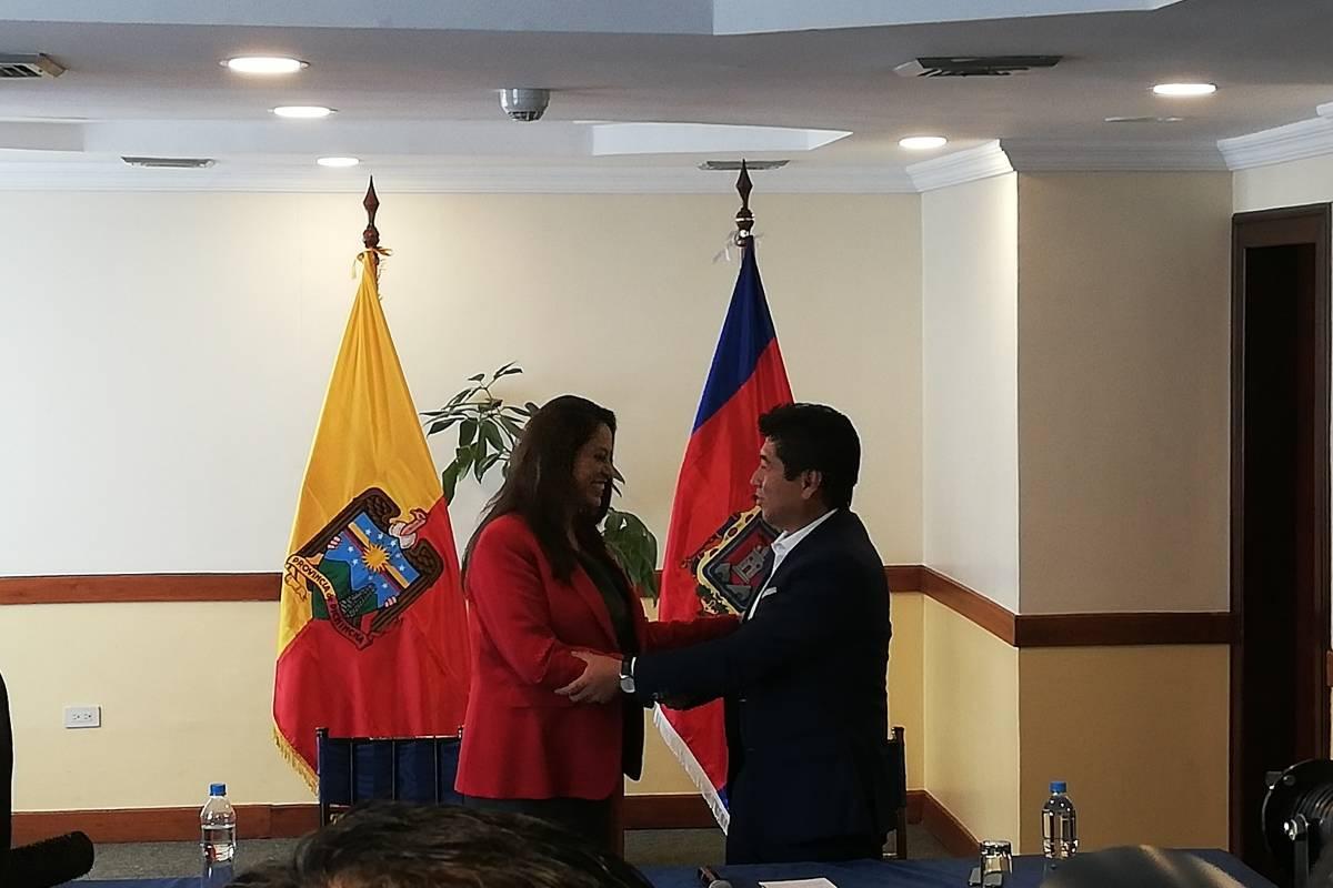 Paola Pabón y Jorge Yunda en su primera reunión Metro Ecuador