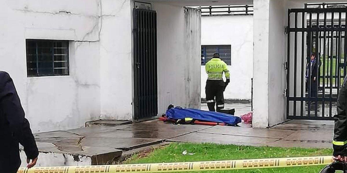 Encuentran cuerpo en el estadio de la Universidad Nacional
