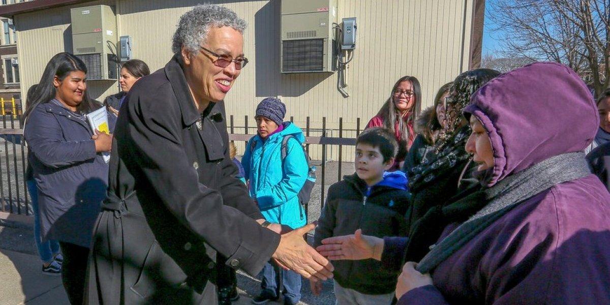 Chicago elige por primera vez a una alcaldesa afroamericana y lesbiana