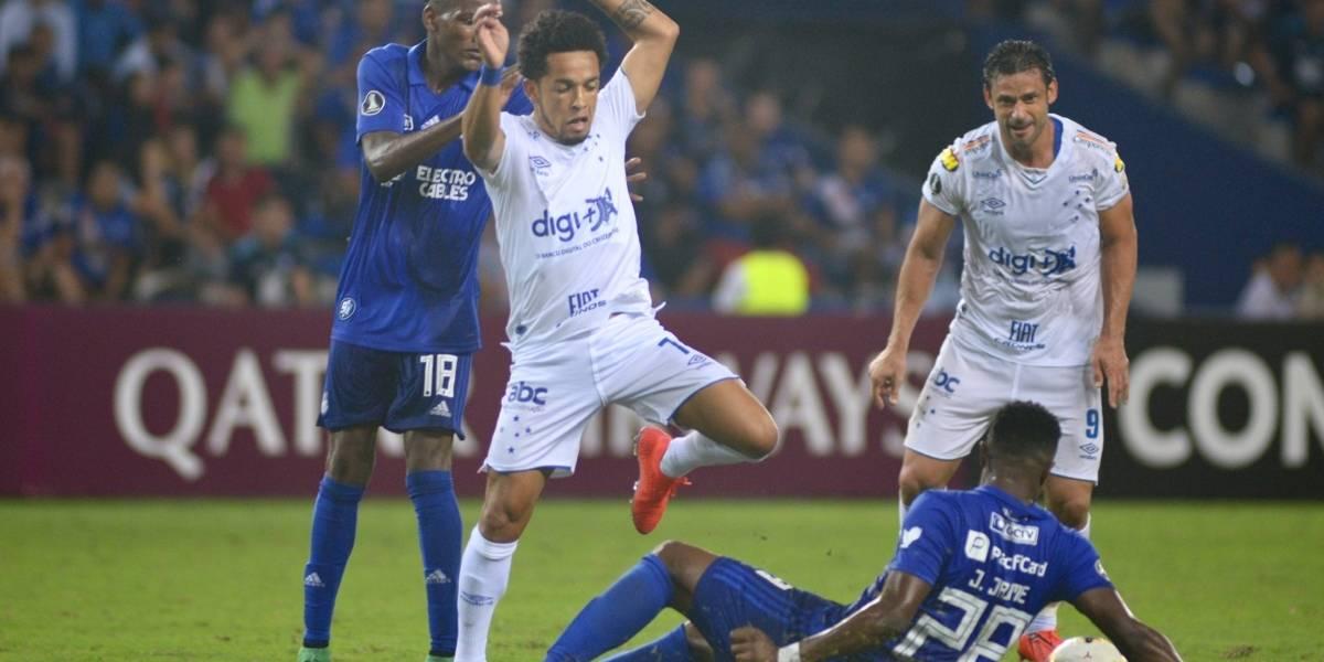 Emelec vs Cruzeiro: El 'Bombillo' no levanta cabeza y pierde en su casa