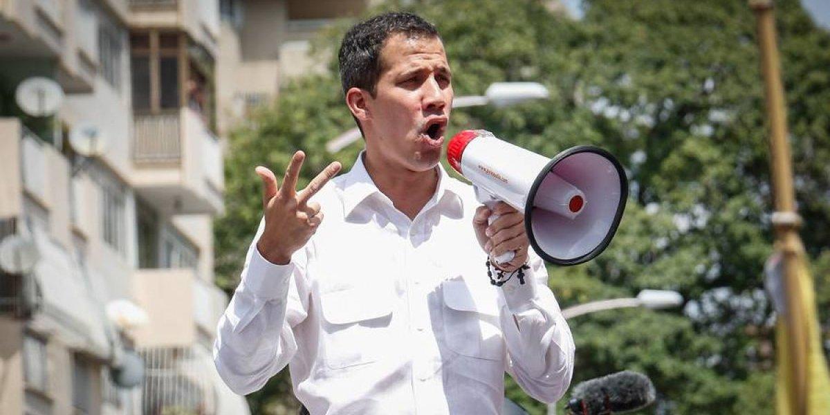 """Diputados UDI piden al Gobierno que otorgue """"asilo político en Chile a Juan Guaidó y su familia"""""""