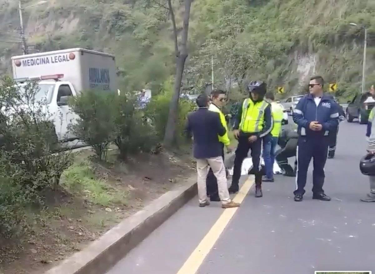 Un agente civil de tránsito se accidentó y murió en la Simón Bolívar Captura de pantalla