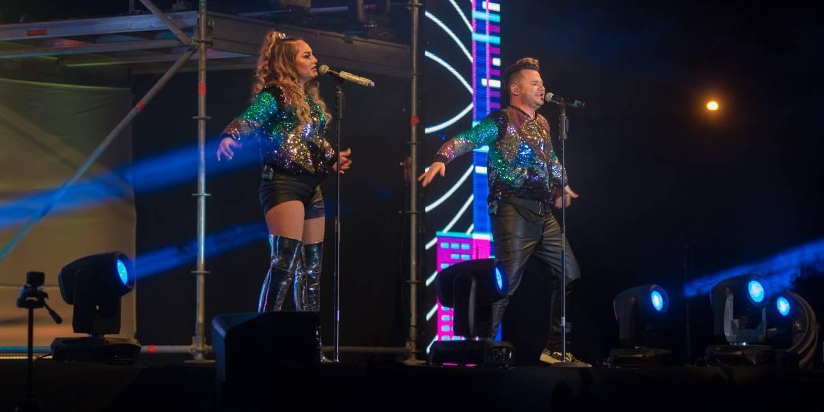 """Juan Pablo y Fiorella te llevarán a una explosión retro con su concierto """"Flashback Machine"""""""
