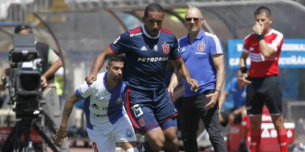 Alfredo Arias no para de sufrir en la U y ahora podría perder nuevamente a Jean Beausejour