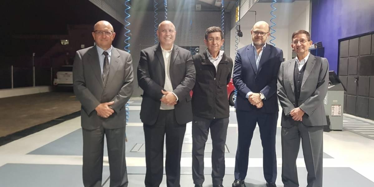 1001Carros.com inaugura su primer taller Mecánico Multimarca
