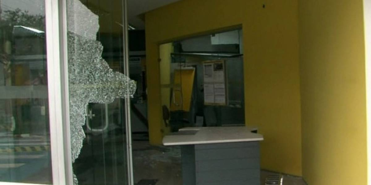 Diez presuntos asaltantes de bancos mueren en tiroteo con policías en Brasil